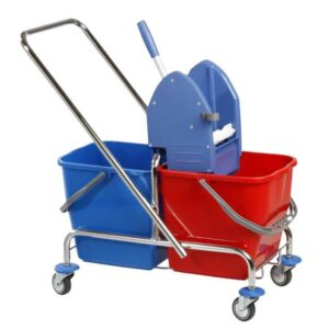 Čistilni voziček z ožemalnikom